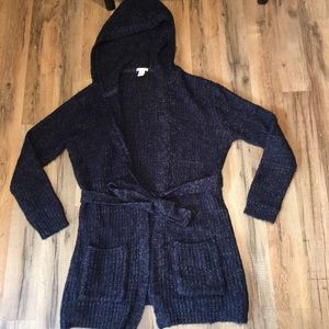 Tie-waist hooded cardigan!